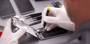Learn how to repair your iPhone through our tutorials